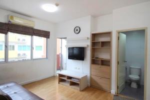 For SaleCondoPinklao, Charansanitwong : #Condo for sale # My Condo # Pinklao #My Condo Pinklao # Cheap price 33.89 sq m, 1 bed, cheap price, 150 meters away from the Bang Yi Khan BTS station.