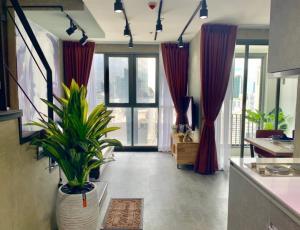 เช่าคอนโดพระราม 9 เพชรบุรีตัดใหม่ : WOW!!! Good price for rent IDEO MOBI RAMA9 Luxury Duplex Type with 2 bed 2 bath 67.97 sqm. plz contact for special price privileges 092-4297949