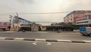 For SaleLandRangsit, Patumtani : land for sale Lum-look-ka klong 4 1-2-98 rai 42m