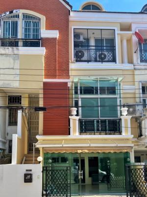 For SaleHome OfficeNawamin, Ramindra : Home Office For Sale Neo Classic Home Next to Ram Inthra Road There is a train in front of the project. (Ram Inthra Station Km. 6) Renovate New