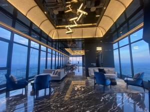 For RentCondoRattanathibet, Sanambinna : Rent for Holidays, Politan Aqua High Rise Condo, Roof top, River View