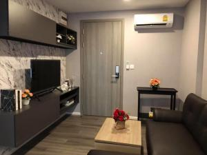 For RentCondoSapankwai,Jatujak : For Rent - New Condo Notting Hill Chatuchak Interchange (BTS Mo Chit, MRT Chatuchak Type: 2 Bedrooms (36 sq.m.) Beautiful room decoration. Complete electrical appliances Ready to carry the bag in