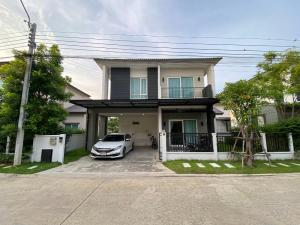 For SaleHouseLadkrabang, Suwannaphum Airport : (Code A24016401) Detached house for sale, Centro (Rama 9-Motorway), 2-storey detached house, usable area of 52 square meters (175 square meters), 4 bedrooms, 3 bathrooms, only 6.9 million !!!