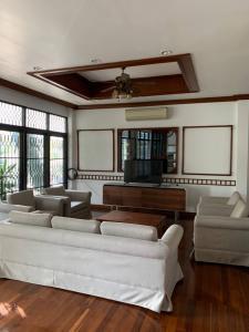 For RentHouseSukhumvit, Asoke, Thonglor : 2 storey detached house for rent, Ekkamai 26, Sukhumvit 63, area 97 sq m, near BTS