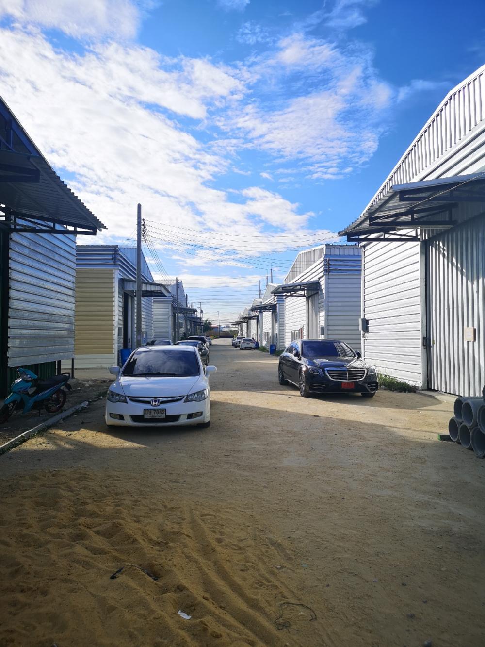 เช่าโรงงานสำโรง สมุทรปราการ : ให้เช่าโกดัง  โรงงาน เทพารักษ์คลองขุด พื้นที่ 150 ตรม -1,000  ตรม ติดถนนใหญ่ คลองขุด
