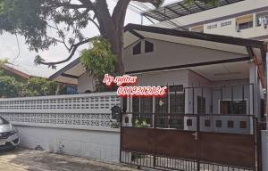 For RentHouseLadprao 48, Chokchai 4, Ladprao 71 : Single house for rent, 50 sq m. In Ladprao / Chokchai 4