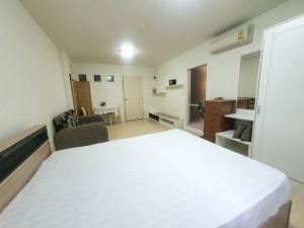For RentCondoPattanakan, Srinakarin : 6688 for rent, Dcondo, On Nut, Suvarnabhumi, Lat Krabang, near Robinson 200 meters.