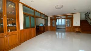 For SaleHouseNakhon Pathom, Phutthamonthon, Salaya : Large single house near Central Pinklao On Phutthamonthon Sai 1 Road, Soi 51