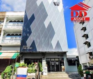 For SaleBusinesses for saleOnnut, Udomsuk : Corner building for sale Hostel Wire Bangkok on-nut hotel & cafe On Nut Soi 10 Sukhumvit 77 BTS Phra Khanong Building 2 booths 5 floors, size 37.5 sq.w., fully furnished. Ready to operate