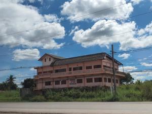 For SaleLandNong Khai : ขายด่วนที่ดิน ศรีเชียงใหม่ ติดถนนสาย211 ใจกลางชุมชน เจ้าของขายเอง