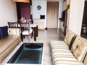 For SaleCondoSukhumvit, Asoke, Thonglor : For sale with tenant, 2 bedrooms, high floor, next to BTS Thonglor, Noble Remix.