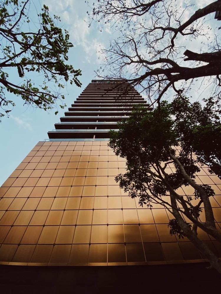ขายคอนโดสุขุมวิท อโศก ทองหล่อ : Penthouse : Khun By Yoo