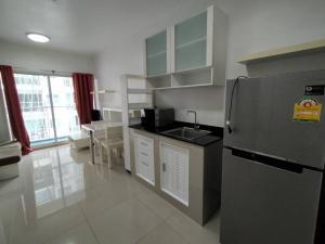 For RentCondoRama9, RCA, Petchaburi : 1 month deposit !! New renovated room, beautiful, beautiful 9,500 baht, space asoke-ratchada 1 bed 35 sqm.
