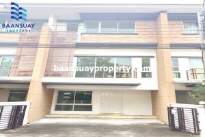 For RentTownhouseLadkrabang, Suwannaphum Airport : 3-storey townhome for rent, Chaloem Phra Kiat Road, near Top Market Place, Udomsuk.