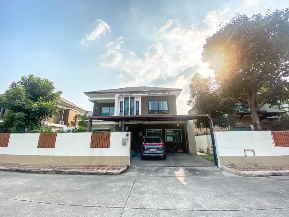 For SaleHouseSamrong, Samut Prakan : Selling at a loss!! Villa Arcadia Srinakarin Phase 2 Beautiful house, good condition, fully furnished, ready to move in