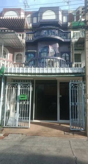 For RentTownhouseRatchadapisek, Huaikwang, Suttisan : ให้เช่าทาวเฮ้าส์ ราคาถูก