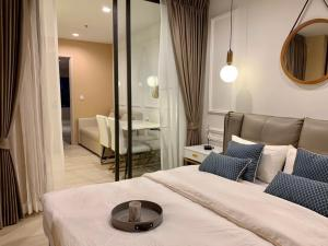 For RentCondoWitthayu,Ploenchit  ,Langsuan : Rental Life one wireless, beautiful room, ready to carry a bag
