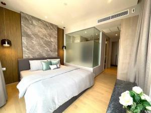 เช่าคอนโดพระราม 9 เพชรบุรีตัดใหม่ : ให้เช่า 2 ห้องนอน 2 ห้องน้ำ ห้องใหม่เพิ่งแต่งเสร็จ ASHTON ASOKE-RAMA 9 โทร.062-339-3663