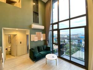 เช่าคอนโดอ่อนนุช อุดมสุข : The line sukhumvit 101 2 Bed Duplex 61.25 ตร.ม ชั้น 5  ฝั่งสระ วิวสระ เหลือ 40,000 บาท