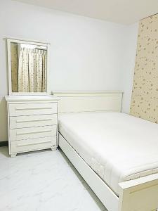เช่าคอนโดรัชดา ห้วยขวาง : OK-C036 ให้เช่า ราคาถูกสุดในโครงการ Condo Chateau In Town Ratchada 13 (2 Bed 50sqm)