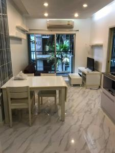 For RentCondoRama9, RCA, Petchaburi : Condo for rent A Space Asoke-Ratchada, 2 bedrooms, 2 bathrooms, ready to move in Fully furnished, ready to move in