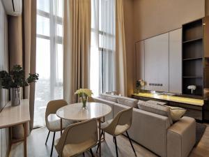 เช่าคอนโดอ่อนนุช อุดมสุข : ห้องDuplex เพดาน5.5 ห้องใหม่ ชั้นสูง