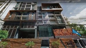 For RentCondoSukhumvit, Asoke, Thonglor : Line ID: @lovebkk (with @ too) Rende Sukhumvit 23, ready to move in, 23 sqm, starting price 13500 baht.