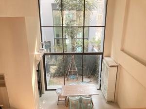 เช่าทาวน์เฮ้าส์/ทาวน์โฮมพัฒนาการ ศรีนครินทร์ : ให้เช่าบ้าน Estara Heaven พัฒนาการ 20 ขนาด 3 ห้องนอน ราคา 49,000 บาท/เดือน พร้อมเฟอร์นิเจอร์