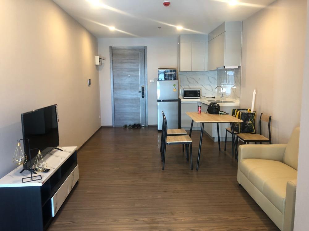 For RentCondoRatchadapisek, Huaikwang, Suttisan : Condo for rent, Artisan Ratchada, near MRT Cultural Center, type: 1 bedroom, 1 bathroom.
