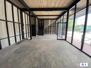 เช่าตึกแถว อาคารพาณิชย์สาทร นราธิวาส : RPJ157ให้เช่าอาคาร 2 ชั้น มี 3 หลัง สำหรับทำร้านอาหาร ร้านกาแฟหรือออฟฟิศ ใกล้สาทร-พระราม 3 อยู่บนถนนเจริญราษฏร์