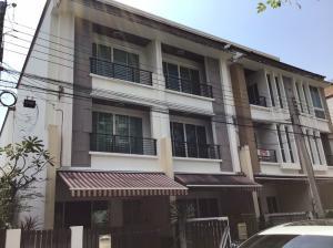 For RentTownhouseThaphra, Wutthakat : 3-storey townhouse for rent near BTS Wutthakat, Kanlapapruek Rd.