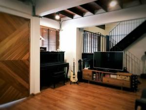 For SaleHouseAri,Anusaowaree : Beautiful loft style house for sale in Soi Ari Samphan 3, land area 30 sq m. 2 bedrooms, 1 bathroom.