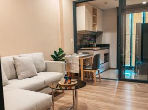 For RentCondoSukhumvit, Asoke, Thonglor : OKA HAUS Sukhumvit condo, luxury room, good central near BTS Thonglor