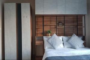 For RentCondoWongwianyai, Charoennakor : Condo for rent Motif Condo Sathorn Wongwianyai fully furnished.