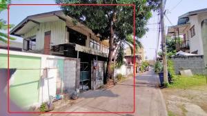 For SaleLandOnnut, Udomsuk : Land for sale, free 1 wooden house, Soi Sukhumvit 54, intersection 6-1 -10, near Bts.