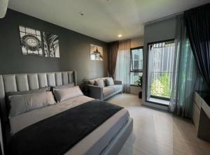For RentCondoRama9, RCA, Petchaburi : 🎉 Condo for rent, Life Asoke-Rama 9, Building B, new room, studio, near MRT Rama 9, ready to move in.