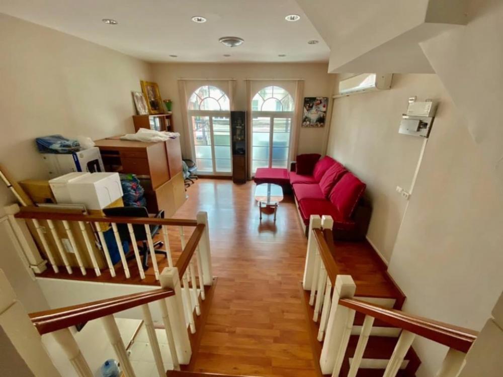 For SaleTownhouseKaset Nawamin,Ladplakao : 3-storey townhome for sale, Casa City Village, Nuanchan 1