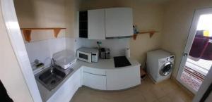 For RentCondoRama9, RCA, Petchaburi : Condo for rent Garden Asoke-Rama 9 6th floor RE63-0177