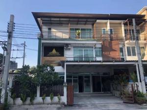 For RentTownhouseRamkhamhaeng, Hua Mak : express!! Rent townhome 10 bedrooms, good price, golden location, can register the company