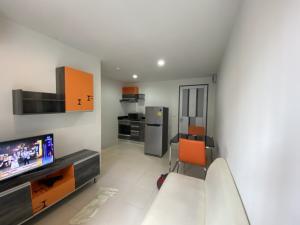 For RentCondoBangna, Bearing, Lasalle : Rental for Voque Place Condominium, Sukhumvit 107, Bearing2