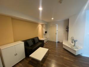 For RentCondoOnnut, Udomsuk : Corner room for rent, The Room Sukhumvit 79 Condo, 1 bedroom, 1 bathroom, fully furnished.