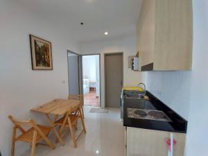 For RentCondoOnnut, Udomsuk : Ideo Verve Sukhumvit Hot Price For Rent 15,000 Baht 2 bedroom 1 Bathroom, Size 44 sqm. High floor and Fully Furnished