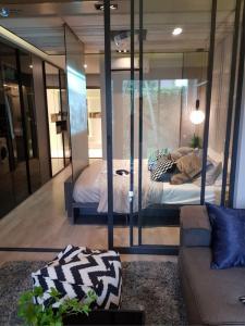 ขายคอนโดรัชดา ห้วยขวาง : Ideo Ratchada-Sutthisan ขายด่วน 1ห้องนอนราคาดีที่สุดในโครงการ ชั้น12 35ตรม. ทิศใต้ 3.49ลบ. นัดูห้องโทร 0963244556