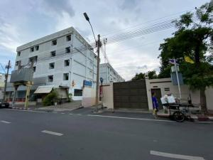 For SaleBusinesses for salePha Nakorn, Yaowarat : Apartment for sale, 5 floors, 44 rooms, in Phra Nakhon, near Wat Bowon, near Khao San, with full tenants.
