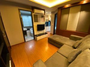 For RentCondoRatchadapisek, Huaikwang, Suttisan : For rent Diamond Ratchada 12 condo / 1 bedroom / 12,000 baht / high floor / cheap price