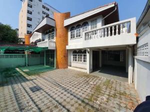 For RentHouseRatchadapisek, Huaikwang, Suttisan : 🔥🔥🔥 Special price !! 🔥🔥🔥 Single house, Soi Pracharat Bamphen 15 Intersection 3 # near MRT Huai Khwang