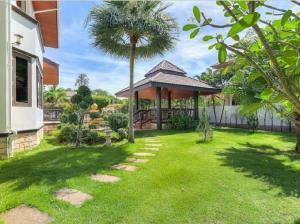 For RentHousePhuket, Patong : villa for rent@Rawai beach