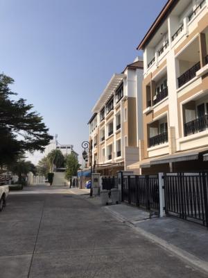 For SaleTownhouseRama3 (Riverside),Satupadit : House for sale in the heart of Rama 3 Sathorn.