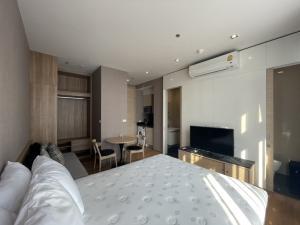 For RentCondoSukhumvit, Asoke, Thonglor : Park 24 ราคาพิเศษ 13,000 ชั้นสูง เครื่องใช้ไฟฟ้าครบ