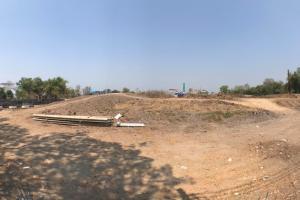 For RentLandRangsit, Patumtani : Land for rent 6 rai, Lam Luk Ka Road, next to the beautiful canal, near the ring road.